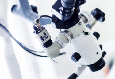 mikroskop - Centrum Stomatologiczno-Implantologiczne Dijakiewicz