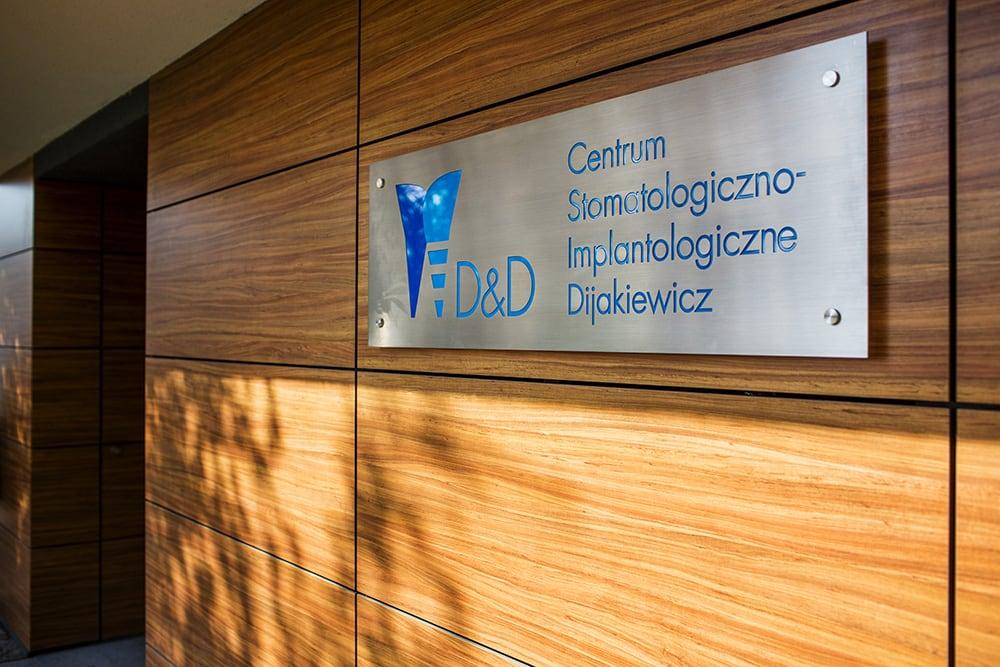 gabinet - Centrum Stomatologiczno-Implantologiczne Dijakiewicz